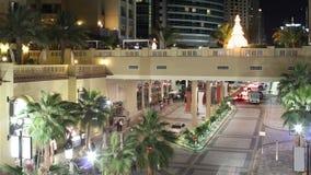 Turystyczny ulicy 4k czasu upływ od Dubai marina zbiory