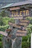 Turystyka podpisuje wewnątrz Zuleta wioskę zdjęcia stock
