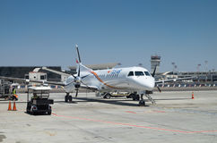 Tus-Fluglinien-Flugzeuge landet in internationalem Flughafen Ben Gurions stockfotos