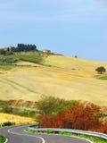 Tuscan λόφοι το φθινόπωρο Στοκ Φωτογραφίες