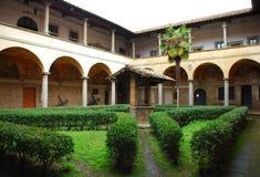 Free Tuscan Church Courtyard Royalty Free Stock Photos - 4787998