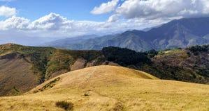Tuscan kullar i landskap av Lucca Royaltyfria Foton