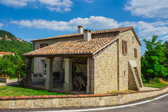 Tuscan lantbrukarhem i Italien Arkivfoton