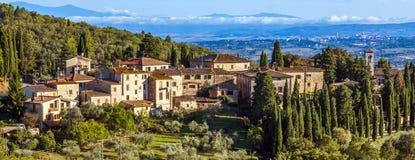 Tuscan town Arkivbilder