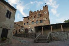 Tuscany Certaldo Pretorio slott Arkivfoto