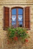tuscany fönster Royaltyfria Foton