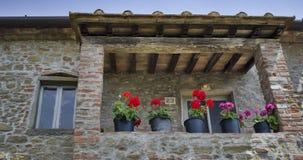 tuscany gammalt hus Arkivfoton