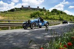 Tuscany, Italy - May 2019: unidentified drivers on BUGATTI TYPE 40 1927 royalty free stock photos