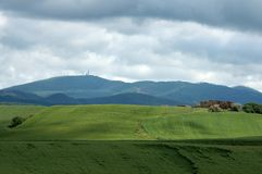 Tuscany landscape with farm Royalty Free Stock Images