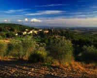 Tuscany lantgård och kommun Royaltyfri Fotografi