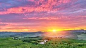 Tuscany przy wschód słońca obraz stock