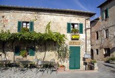 Tuscany utanför restaurang Royaltyfri Fotografi