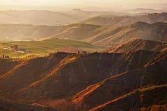Tuscany Volterra Le Balze lantligt landskap italy royaltyfria bilder