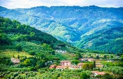 Tuscany wzgórza panoramiczny krajobraz, Włochy fotografia stock