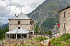 Tusen dollar Hotell du Montenvers i Chamonix, Frankrike Royaltyfria Bilder