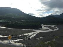 Tussen de bergen en de rivieren stock afbeelding