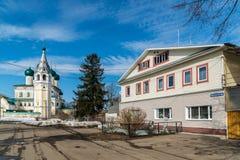 Tutaev, Россия - 28-ое марта 2016 Архитектура и общий вид городка стоковое фото rf