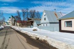 Tutaev, Russland - 28. März 2016 Architektur und allgemeine Ansicht der Stadt Stockbild