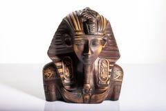 Tutankhamun, скульптура портрета египетского фараона стоковое фото rf