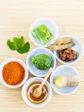 Tutti gli ingredienti tailandesi di cura di pelle Fotografie Stock Libere da Diritti