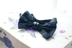 Tux negro del bowtie imagen de archivo