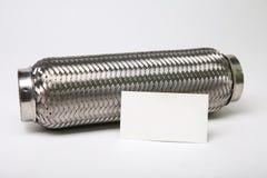 tuyau de câble d'échappement d'acier inoxydable sur le fond blanc images stock