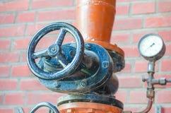 Tuyau, valve, bride, tuyau de fer, glissière Photos libres de droits