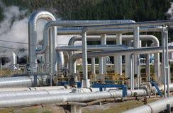 Tuyauteries de vapeur, énergie géothermique Photo libre de droits