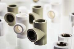 tuyaux, accouplements et garnitures d'En céramique-métal photo libre de droits