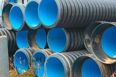 Tuyaux de grand diamètre de PVC photographie stock libre de droits