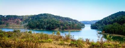 Tuyen Lam Lake - Da-Lat Arkivfoto
