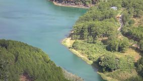 Tuyen mounttain视图的Lam湖,大叻市市,林同省,越南 股票录像