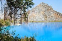 Tuyet Tinh Coc See, natürliche Farbblauer See am Trai-Sohnberg, Hai-phong, Vietnam lizenzfreies stockfoto