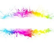 tvättad vattenfärg för bakgrundsregnbåge splatter Arkivbild
