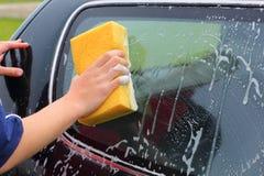 Tvättande bil arkivfoton