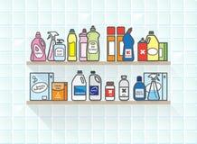 Tvättmedeluppsättning på badrumhylla Royaltyfri Bild