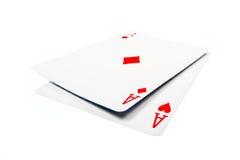 Två överdängare som leker kortet Arkivfoto
