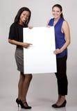 Två affärskvinnor royaltyfri foto