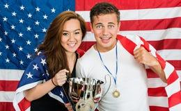 Två amerikanska sportfans Arkivfoto