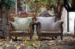 Två antika stolar Arkivbild