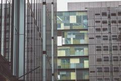 Två byggnader i Manchester Fotografering för Bildbyråer