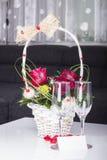 Två Champagneexponeringsglas Royaltyfria Bilder