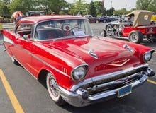Två Chevy för dörr 57 Red Royaltyfri Foto
