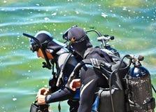 Två dykare Arkivbild