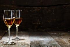 Två exponeringsglas av sherry Arkivbilder