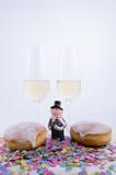 Två exponeringsglas med champagne Arkivfoto