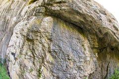 Två färger av en Devetakskoy grottor, Bulgarien Arkivfoton
