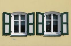 Två fönster Royaltyfri Bild