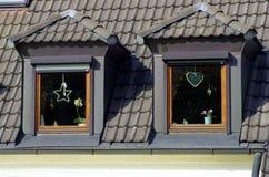 Två fönster på mansardtaket Royaltyfri Fotografi