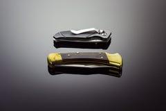 Två fick- knivar Arkivfoton